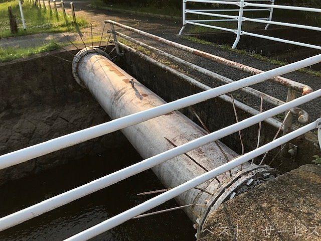 水道局/浄水場から伸びている管