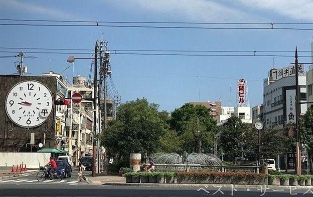 平平平平,岡山駅前商店街の東詰とぶつかる場所