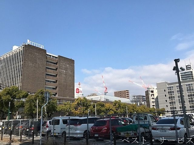岡山市役所,岡山市北区大供1,岡山市本庁駐車場から見たタワーマンション