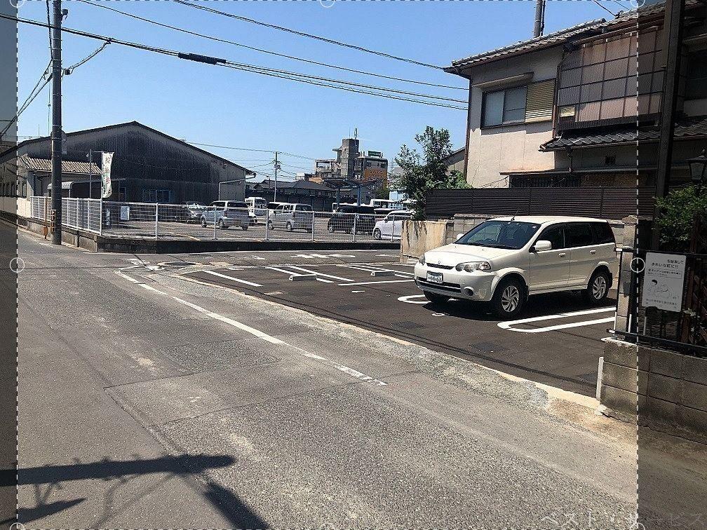 『岡南町1-10』月極駐車場 募集中です!