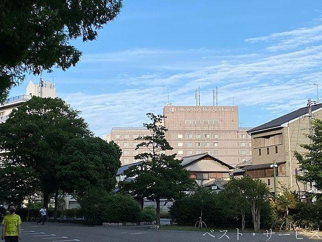 岡山ロイヤルホテル,岡山県総合グラウンドから見えるロイヤルホテル,岡山ロイヤルホテル実質閉館
