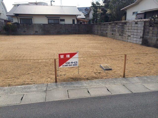 売却された土地に置いた看板