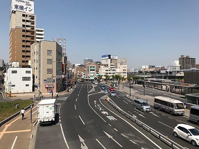 岡山駅西口連絡通路より北(西口筋)を撮影