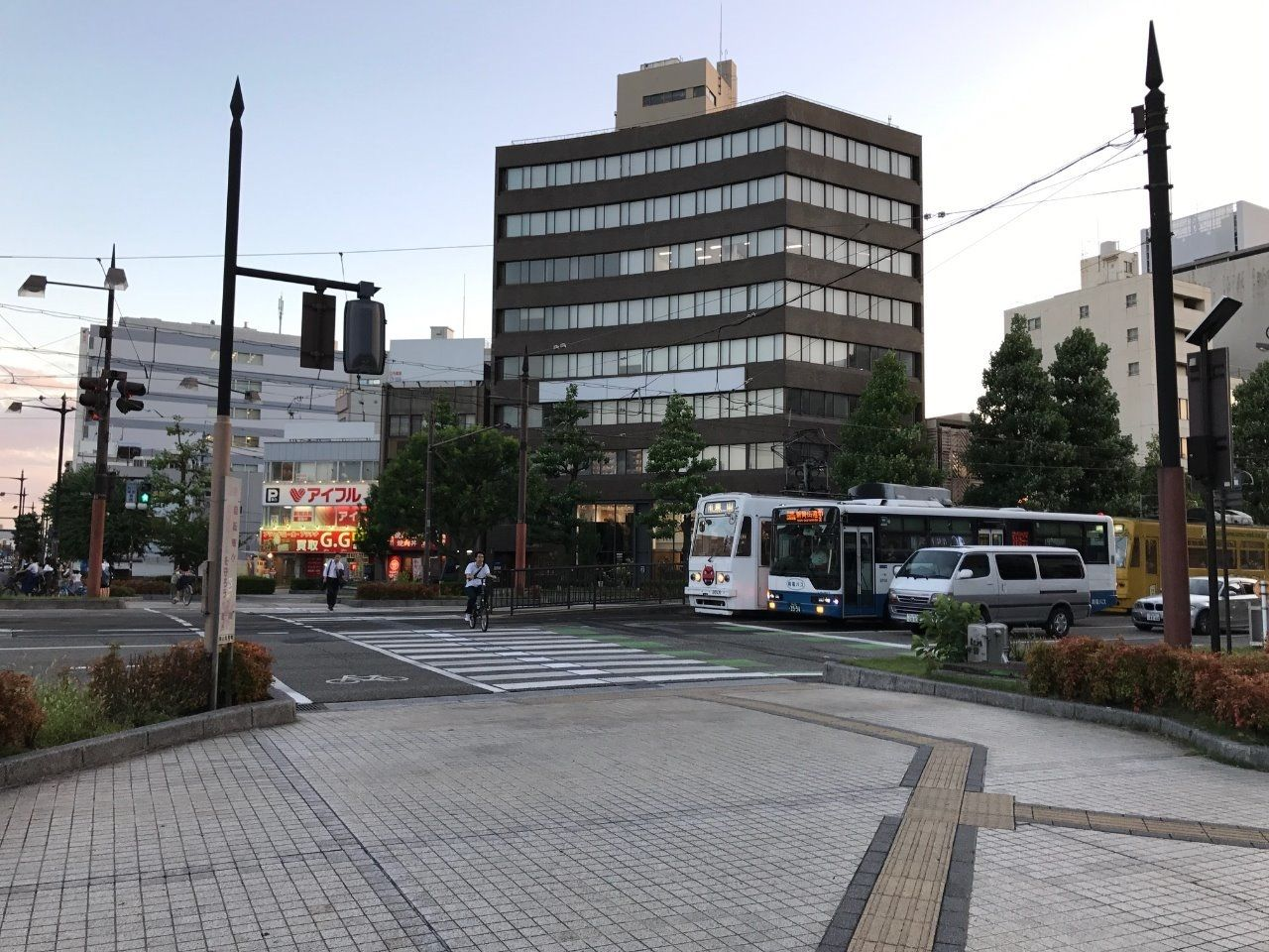 岡山電気軌道 路面電車 東山線・清輝橋線「柳川駅」