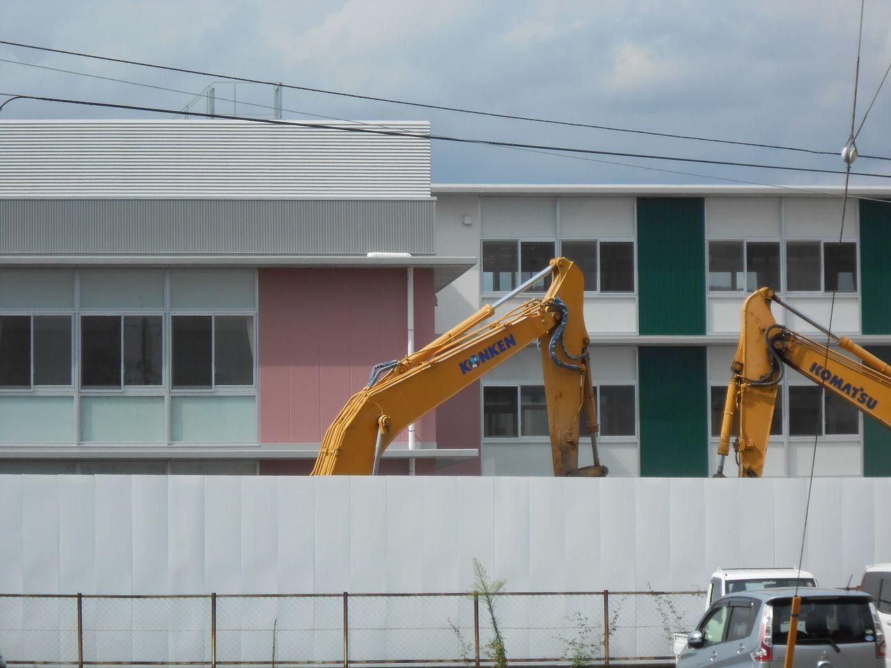 ⑥伊島幼稚園は解体 新しいこども園となった