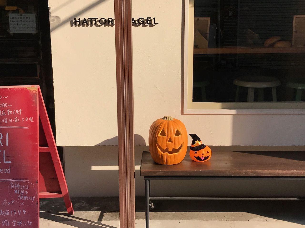 Halloweenの飾りつけもですが、季節感のあるベーグルを楽しめます