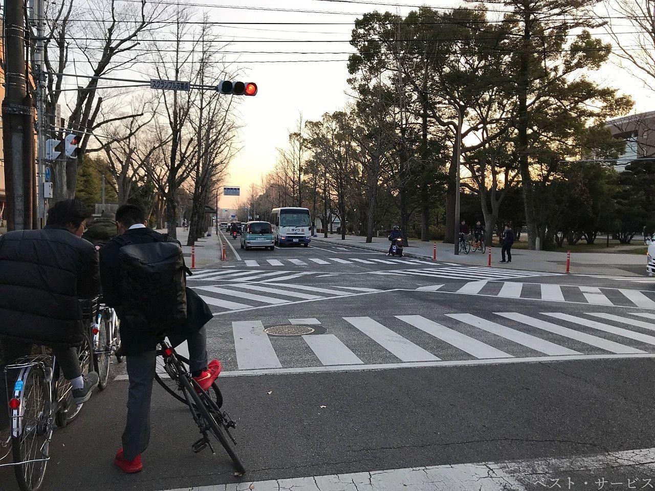 """岡山大学津島キャンパス内にある""""スクランブル交差点"""""""