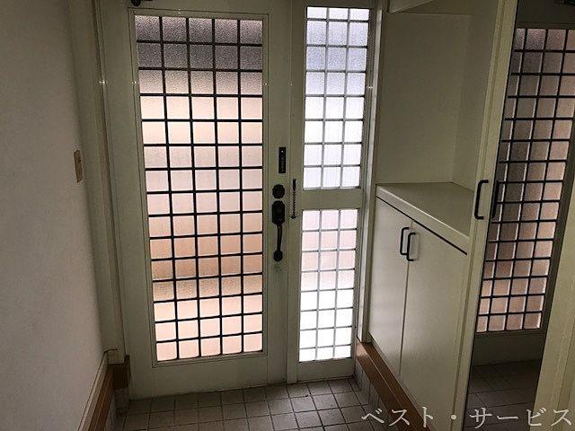 1階 玄関