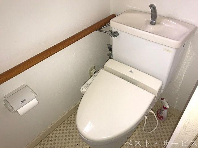 1階 ウォシュレットトイレ