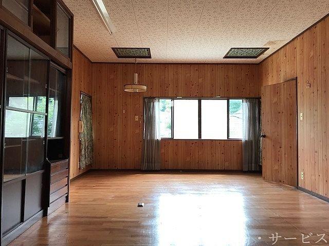 2階 洋間 書斎